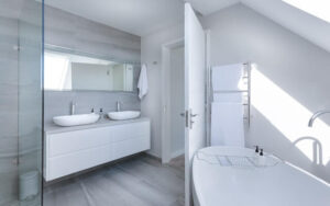 white-door-bath